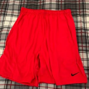 Nike Dri-Fit Men's Athletic Red Shorts Size Large